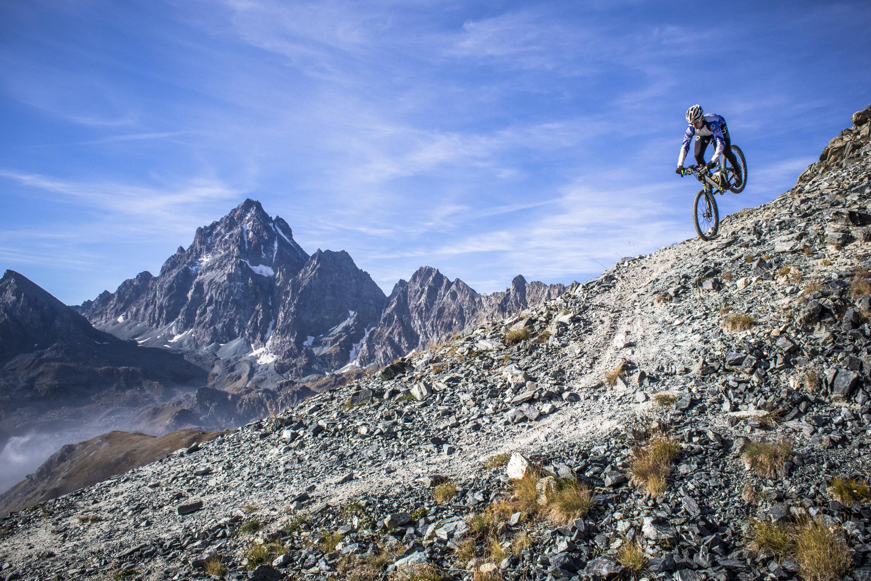 Lukas Stöckli. Gipfelstürmer der Alpen. Photo: Harald Tauderer