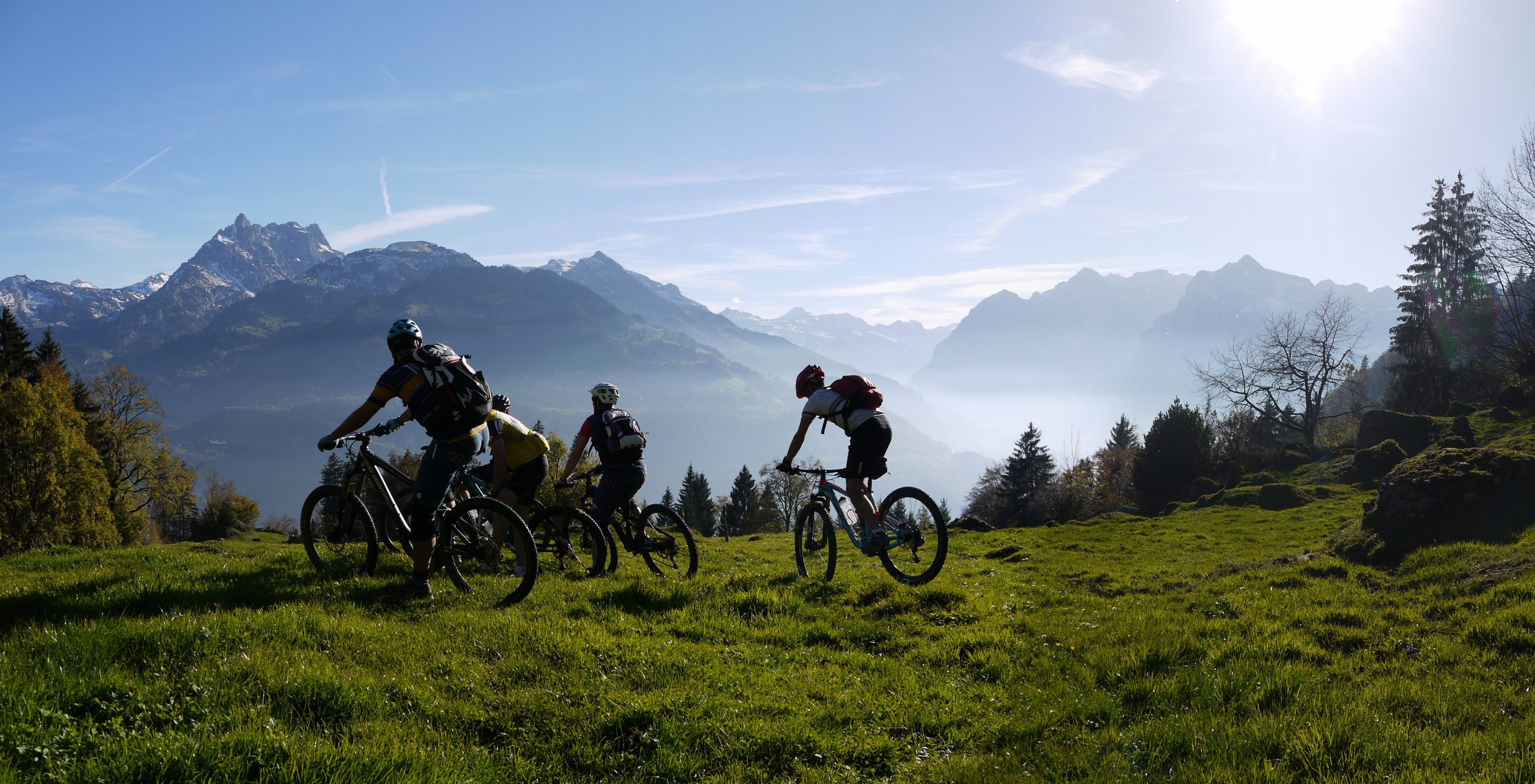 TOURERO-MTB-&-CYCLING-GUIDE_Gruppe_2014