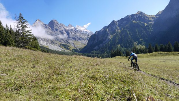 tr-mtb-rekotour-tourero_secret-spot_panorama1_web
